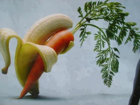 Banana Carrot Embrace Dance Kiss Dip